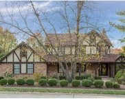401 Hunters Hill, Chesterfield image