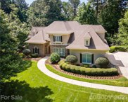 118 Great Point  Drive, Mooresville image