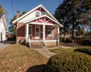7517 Ellis, Maplewood image