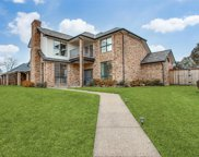 11123 Manorview Circle, Dallas image