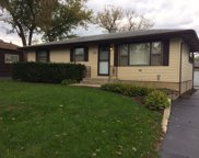 6225 Pershing Avenue, Downers Grove image