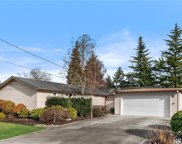 1014 159th Place SE, Bellevue image