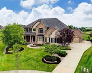 7285 Weatherby  Court, West Chester image