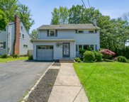 41 Brentwood Dr, Verona Twp. image