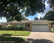 7511 ROBINDALE, Dearborn Heights image