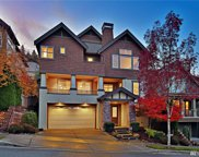 831 Lingering Pine Dr NW, Issaquah image