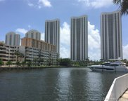 300 Bayview Dr Unit #301, Sunny Isles Beach image