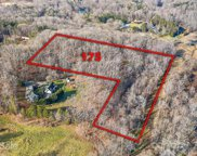 175 Stonehaven  Drive, Mooresville image
