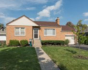 406 Lincoln Avenue, Downers Grove image