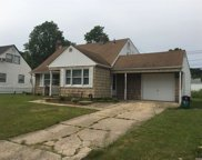 83 Periwinkle  Road, Levittown image