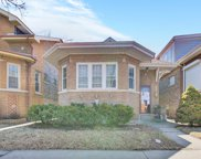 5233 West Nelson Street, Chicago image