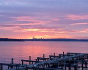 6401 Lake Washington Blvd NE Unit 209, Kirkland image