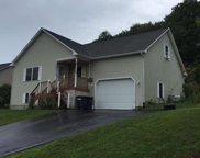 25 Eastview Drive, St. Albans Town image