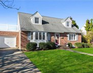 3445 Stephen  Lane, Wantagh image