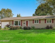 521 Arrowhead Trail, Carol Stream image