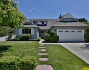 931 Round Hill Rd, Redwood City image