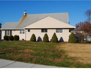 31 Dolphin Road, Levittown image