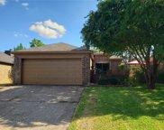 10611 Tall Oak Drive, Fort Worth image