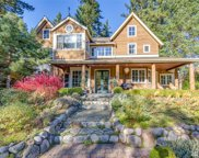 5845 NE Battle Point Dr, Bainbridge Island image