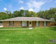 16807 Chickasaw Ave, Greenwell Springs image