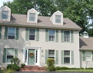 16025 Hunters Way, Chesterfield image