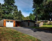 16218 SE 8th St, Bellevue image