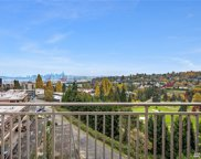 3221 SW Avalon Wy Unit 204, Seattle image