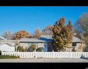 602 W Winchester St, Murray image