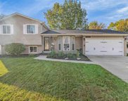 34500 Lakewood, Chesterfield image