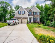 980  Autumn Glen Court, Lake Wylie image