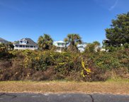 8 Sand Dollar  Court, Harbor Island image