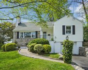 29 Holly  Place, Larchmont image