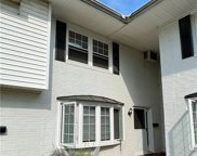 7 Meadowlawn  Drive Unit 8, Mentor image