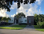 1950 Alamanda Dr, North Miami image