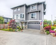 2417 Meadow Ave N, Renton image
