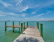 5860 N Bay Rd, Miami Beach image