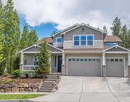 368 NW Flagline, Bend image