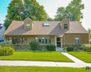 1904 S Glendale Ave, Sioux Falls image