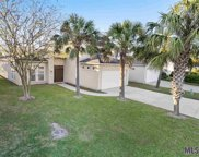 6187 Royal Palms Ct, Gonzales image