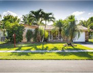 1100 NW 92nd Ave, Pembroke Pines image