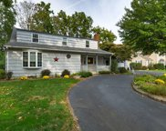 20 Winding Way, Morris Plains Boro image