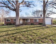 1060 Orchard Lakes, St Louis image