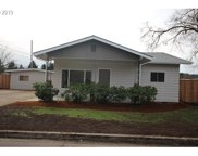 1051 FAIRVIEW  DR, Springfield image