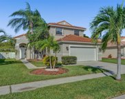 1060 Nw 189th Ave, Pembroke Pines image