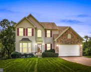 445 Lakeview Dr, Spring Grove image