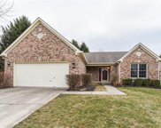 7299 River Glen  Drive, Fishers image