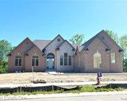 2418 Buckthorn Dr, Shelby Twp image