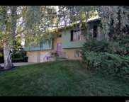 1891 S Bonneview Dr, Bountiful image