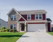 5583 Woods Edge  Drive, Mccordsville image