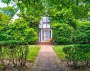 960 Greenfield  Road, Woodmere image